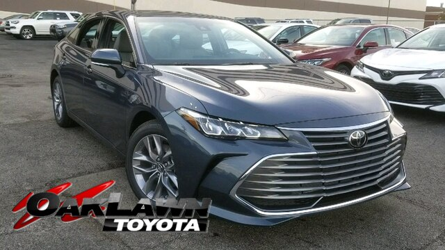 New 2019 Toyota Avalon XLE FWD Sedan