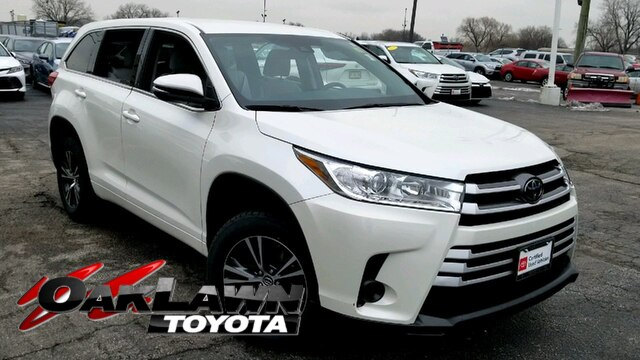 Certified Pre-Owned 2017 Toyota Highlander LE I4