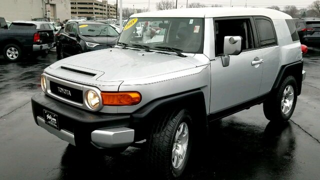 Pre-Owned 2008 Toyota FJ Cruiser 4DR 4WD AT